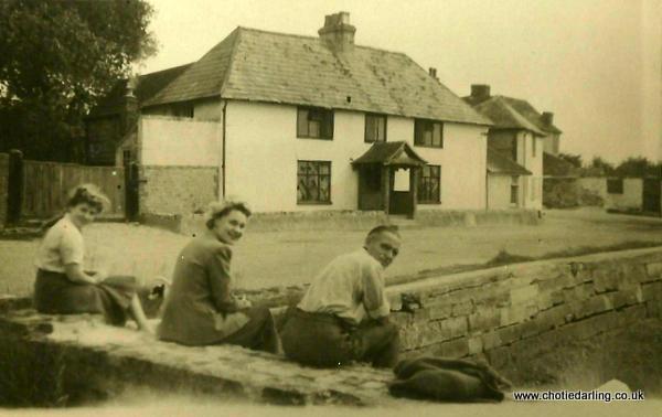 Chotie, Dilys and Grandpa Williams