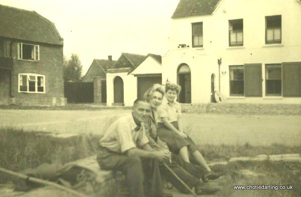 Grandpa Williams, Dilys and Chotie