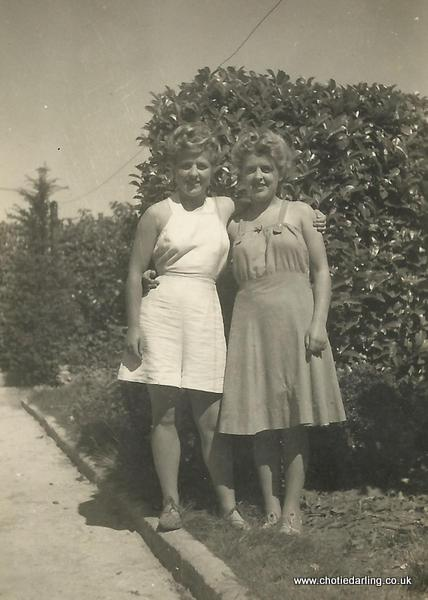 Barbara and Beryl Chalkley 001