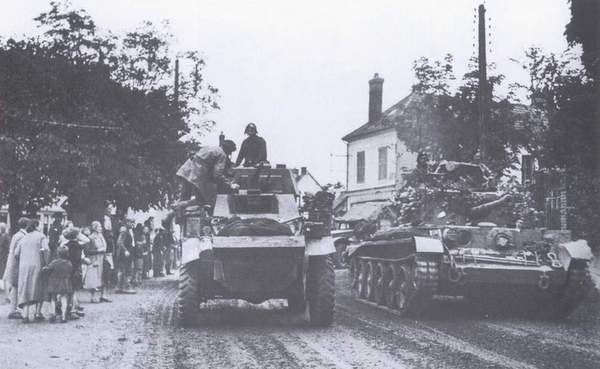 61st Recce Humber Armoured Car in Beauvais, France IWM