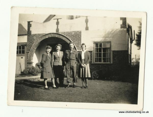 Chotie, Dilys, Pa & Ma Williams 8th March 1945