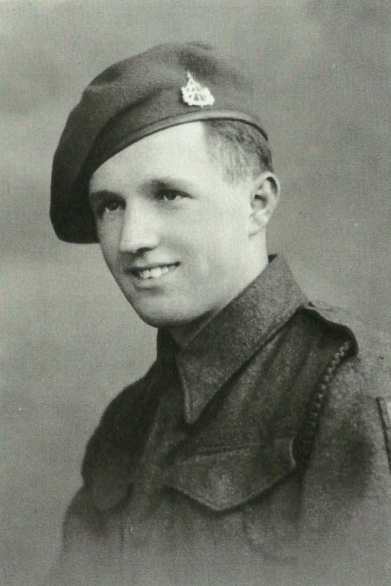 Eric Postles with reconnaissance badge (2)